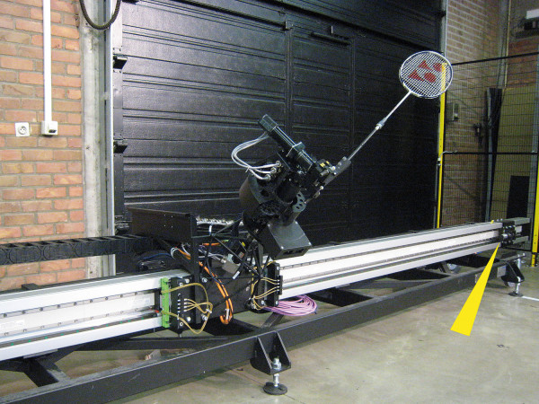 MC33-64 - Badmintonrobot Jada