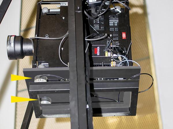 PLM - Projector, trillingsisolatie